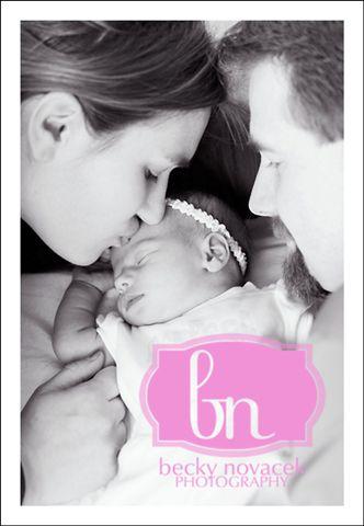 Addison_mommy_daddy_066_bw_w